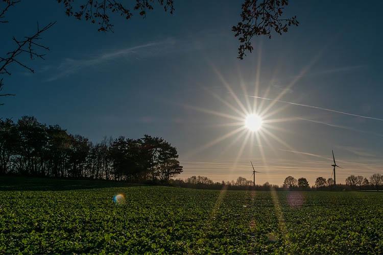 sun-1943008_960_720